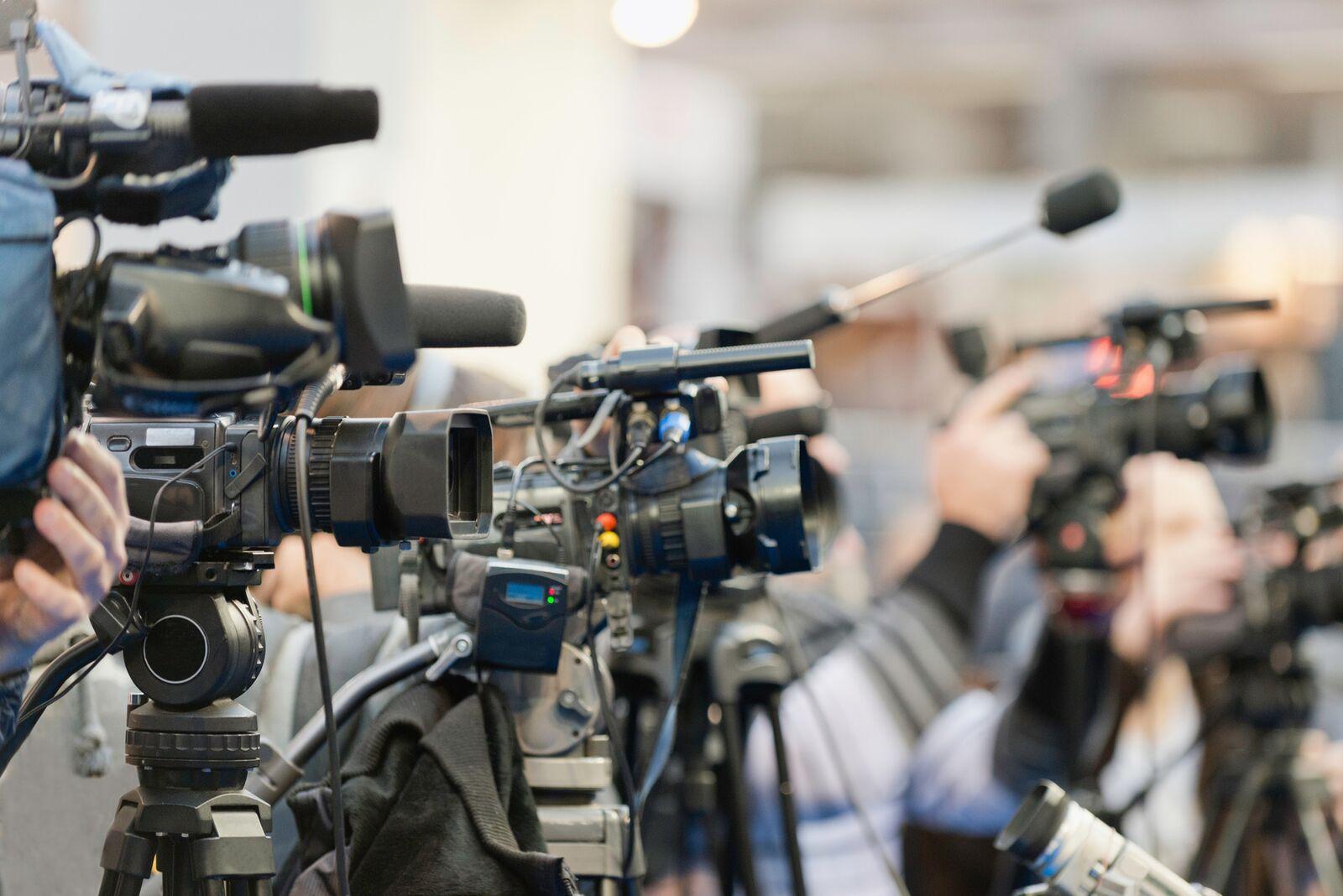 Средствам массовой информации разрешили работать с 11 мая