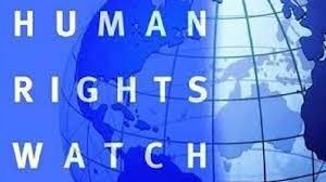 HRW просит президента Кыргызстана наложить вето на два противоправных закона