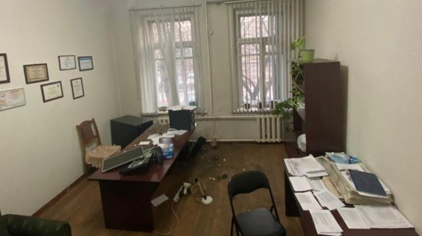 В офисе газеты «Слово Кыргызстана» избита и. о. главного редактора