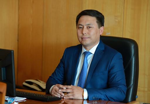 Экс-главу пресс-службы Алмазбека Атамбаева вызывали на допрос в ГКНБ