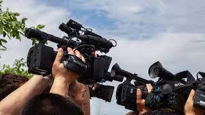 Нападение на журналистов в Оше: свои, чужие?
