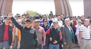 «Терпите или покиньте страну». Сторонники Ташиева и Жапарова обвиняют НПО в митингах против казино и повышения тарифов
