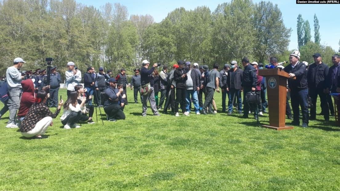 Участников митинга против передачи водохранилища Кемпир-Абад Узбекистану вызвали на допрос по делу о хулиганстве