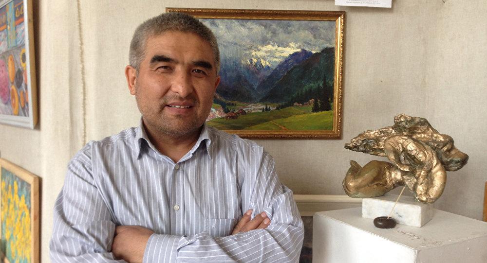 Художник Таалайбек Усубалиев объяснил скрытый смысл картины с шестью президентами