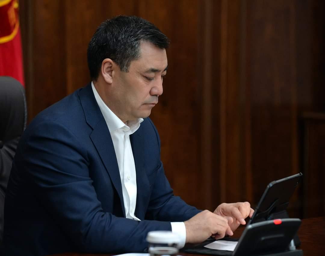 Президент Жапаров подписал скандальный закон о фейках. Что это значит?